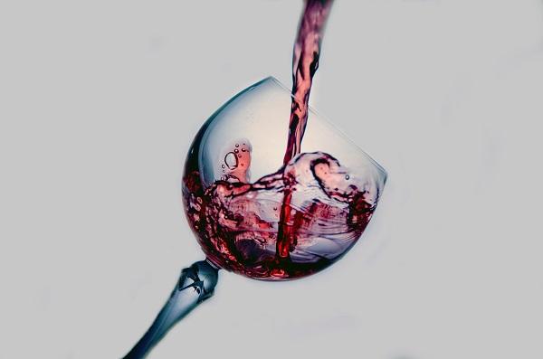 Jak czerwone wino pomoże astronautom w kosmosie